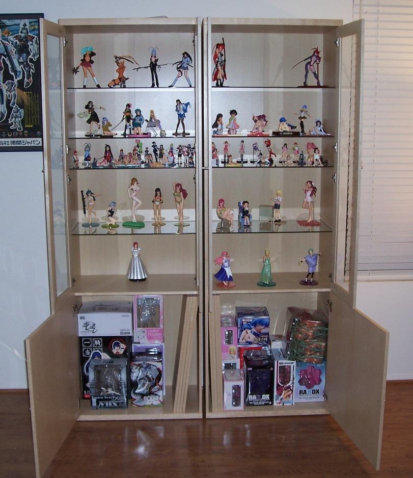 republic new figure display cases. Black Bedroom Furniture Sets. Home Design Ideas